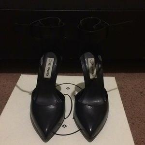 Steve Madden Flshback Black Leather Shoes